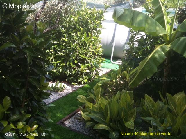 Erba sintetica nature 40 plus radice verde massima for Prato sintetico listino